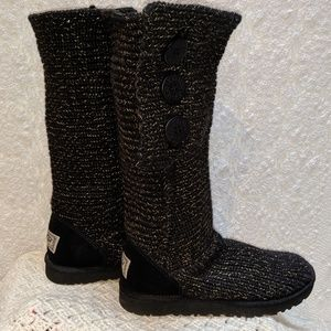 Ugg Cardy black & gold tall knit boots. Sz 8